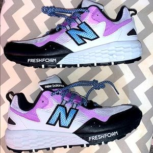 New Balance purple and grey tennis shoes